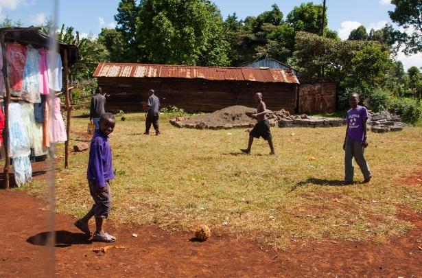 kenyan-boys-soccer